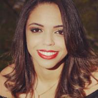 Thalita Valentim - Graduanda em Fisioterapia